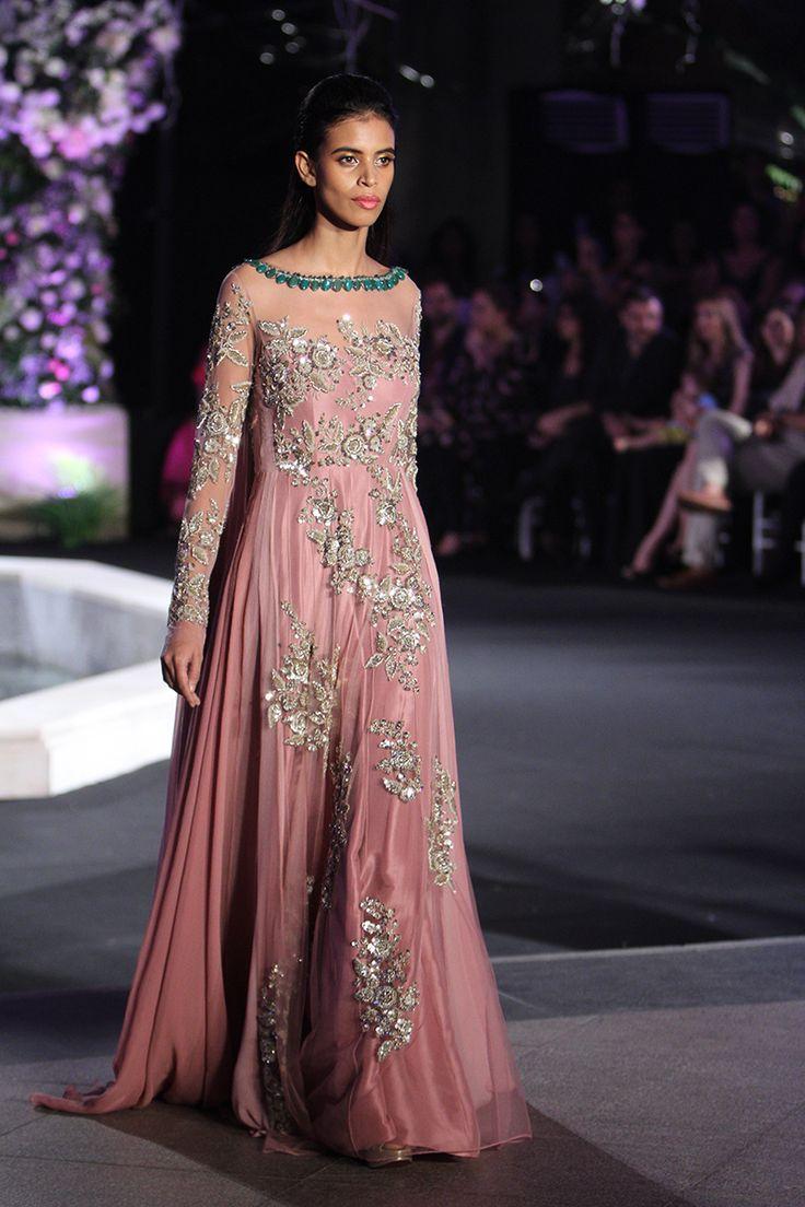 Manish Malhotra   Lakme Fashion Week Winter Festive 2016 #LFWWF2016 #manishmalhotra #PM