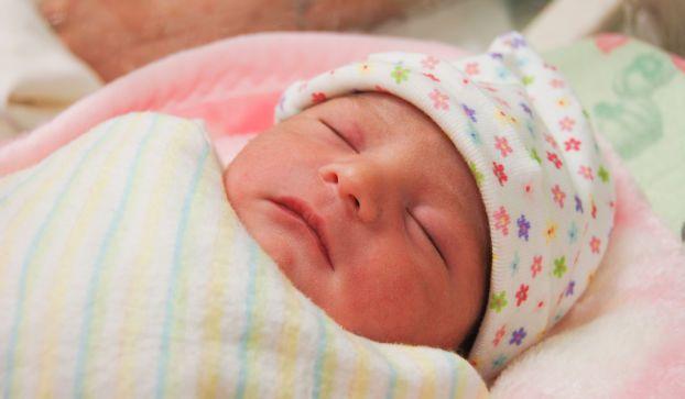 Parto cesareo con smartphone: è successo a Firenze dopo il blackout in sala parto