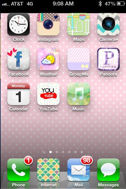 Customize your iPhone Icons, plus 25 tips and tricks and the 5 must have apps for Instagram.