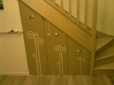 Des rangement sur roulettes - Les façades - Vous avez aménagé le dessous de votre escalier