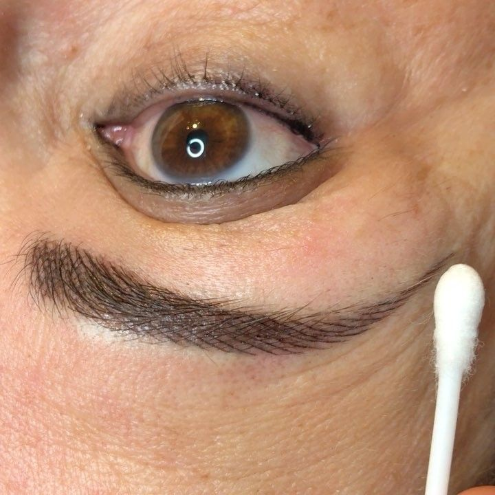 Fresh hair stroke colour boost #colourboost #booknow #pmu #micropigmentation #microblading #micropigmentationspecialist #biotek #eyebrows #eyebrowsonfleek #permanentmakeup #lovewhatido #london http://ameritrustshield.com/ipost/1554441912374876895/?code=BWSfK77FVrf