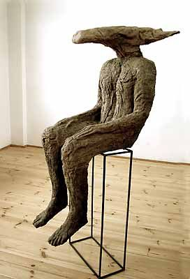 Magdalena Abakanowicz, Gruby, 2003, burlap, resin, iron stand