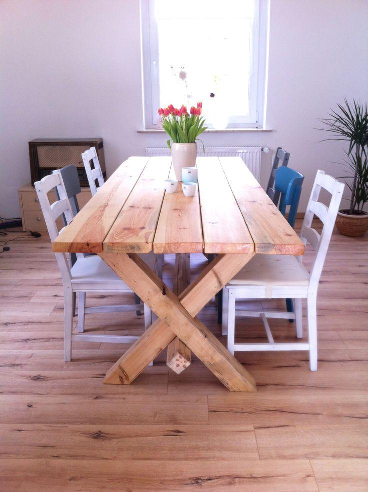 Ein Tisch im Landhausstil einfach selber bauen. So gehts!