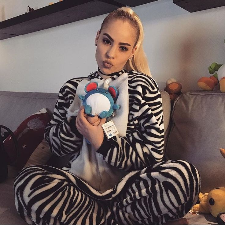 TB #holiday #xmas #christmas #pokemon #fashion #nintendo #sofa #kigurumi #zebra #marill #blonde #ponytail #cosy #shopping #makeup