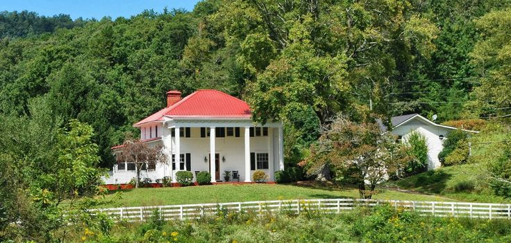 65 Best The Farmhouse At Mountain Laurel Farm Images On