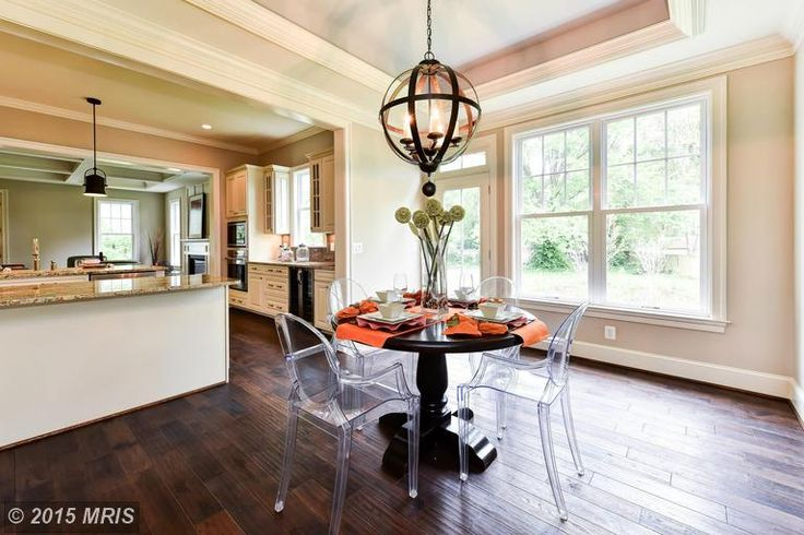 Best Winthrop Drive S Breakfast Nook Right Off Of The Kitchen 640 x 480