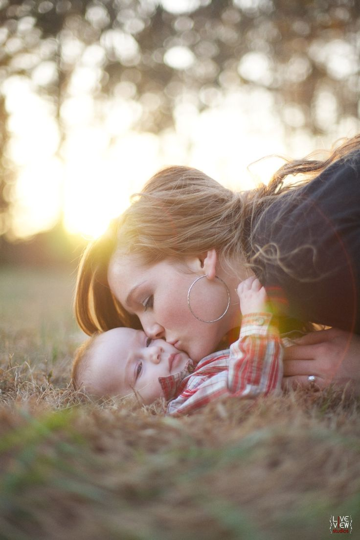 kisses in the sun <3 - #baby #nature #family #fall #autumn #winter - raleigh nc southern family photographers