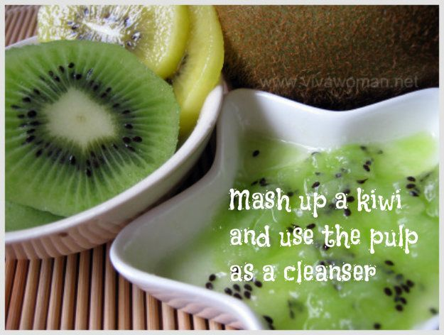 Kiwis can cleanse and exfoliate | 23 DIY Natural Beauty Tips