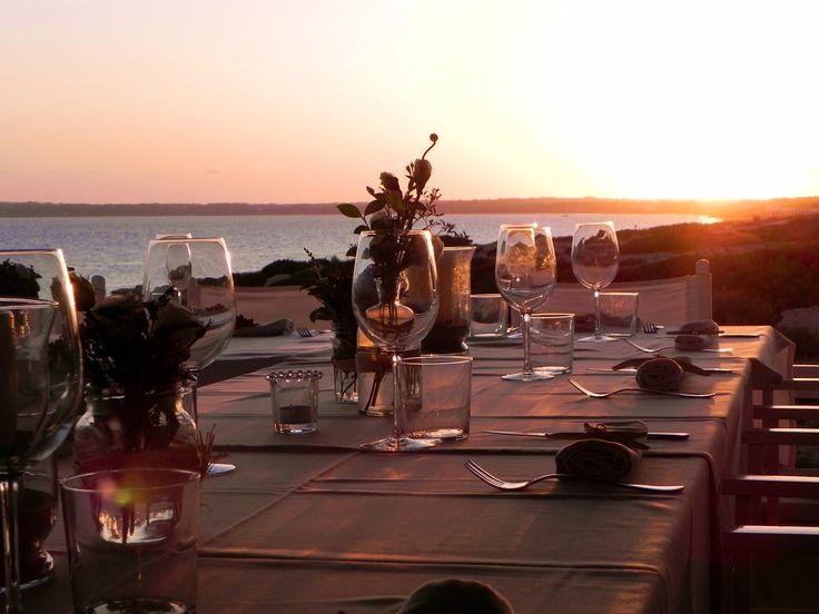 Wedding during sunset at 10punto7 Formentera