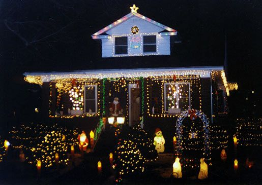 Bronx house decorated for christmas