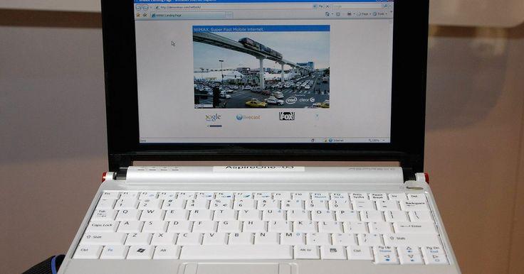 Cómo activar y desactivar la función inalámbrica en una computadora portátil Acer Aspire One . Las computadoras portátiles Acer Aspire One fueron lanzadas al mercado en el año 2008 para su uso en el hogar. Al igual que con la mayoría de los equipos portátiles, la Acer Aspire One tiene capacidades para aceptar redes inalámbricas, lo que significa que puede conectarse a Internet sin conectar la computadora al módem con un cable Ethernet, ...