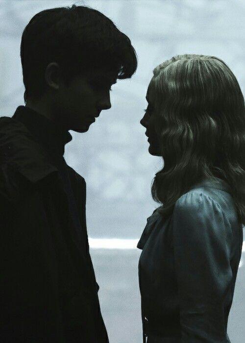 Miss Peregrine's Home for Peculiar Children Full Movie Online   http://watchmissperegrineshomeonline.xyz