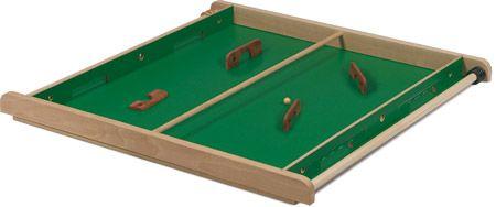 Règle du jeu : Un terrain de football sur un plateau de bois, 2 camps, 4 cages, des raquettes en bois 1 bille et que le meilleur gagne ! Pour 2 ou 4 joueurs. Largeur : 0,78 m Longueur : 0,78 m Poids : 5 kg Location à partir de 18€ le jeu pour un …