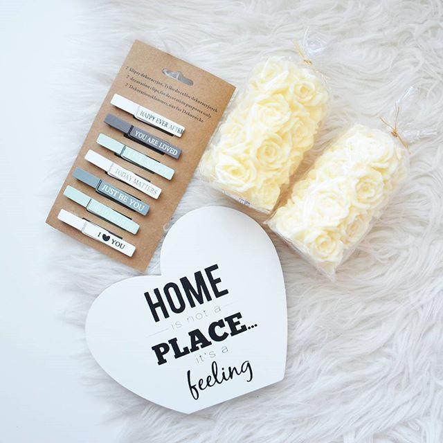Małe zakupy do sypialni w @pepcopl i @nettopolska 🌹 #swieczki #roze #rozyczki #spinacze #spinki #klipsy #drewno #drewniane #dekoracja #dekoracje #sypialnia #bedroom #pepco #netto #decor #homesweethome #home #homedecor #decoration #dom #domek #zakupy #shopping #goodday #goodtime #goodmood #bestoftheday #picoftheday #photooftheday