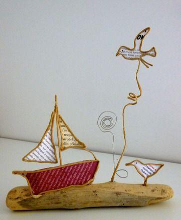 Figurines en ficelle de kraft armé et papier   Voici l'été, l'appel du large est trop fort pour notre joli petit bateau à voiles ! Tout là-haut dans le ciel, le soleil bril - 18520916