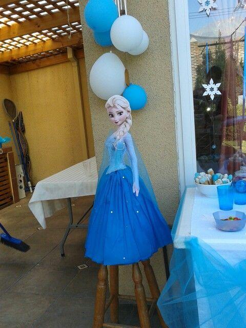 Elsa piñata