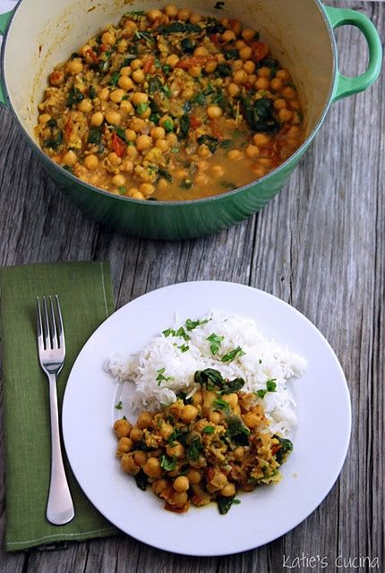9/25/13. Chickpea Curry. Really good. Roasted caul. until it was nicely browned. Added some veggie stock to the water and kale instead of spinach. Delicious over brown rice (didn't have basmati). Vegan loved it.