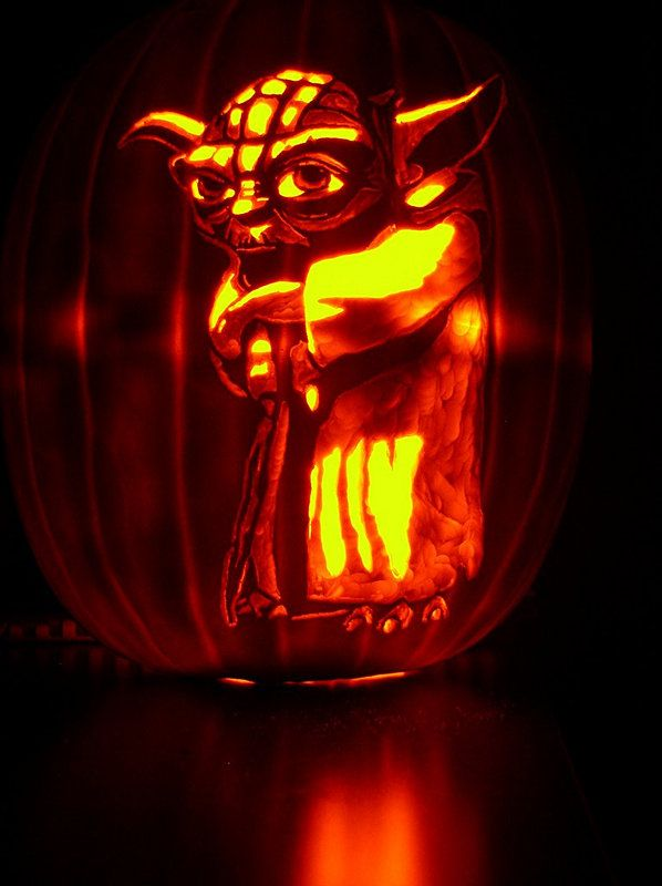 33 star wars pumpkin carvings star wars jack o lanterns - Star Wars Halloween Pumpkin Carving Patterns
