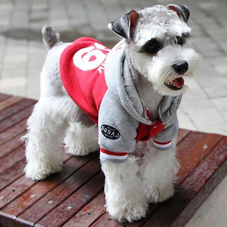 Baumwoll- Fleece Hundejacke New York 69 Pink - Warme Hundejacke Pink - New York 69 mit Kapuze. Sportliche leichte Hundejacke für den Winter und für die Übergangszeit. Ihr Hund gehört zu den Sportskanonen? Wenn nicht auch egal, mit diesen warmen Hundeklamotten schaut er zumindest extrem sportlich aus. GogiPet ® Hundebekleidung erhalten Sie bei Onlinezoo extra günstig statt