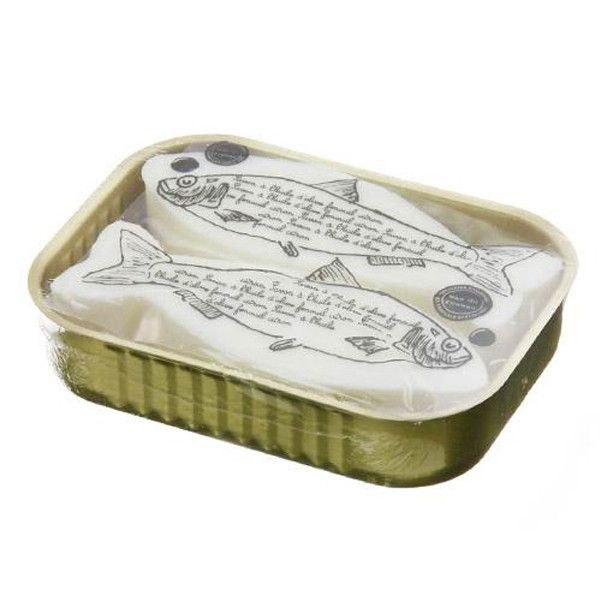"""I'm not a canned sardines"" 手工香皂 / Artisan Soap – feltwithlove LIVING French artisan soap is used of 100% natural essential oils and infuses with the refreshing scent of Lemon and Fennel. Manufactured by Mas du Roseau company that adopts the natural drying process ecological approach.    Suitable for all skin types.    Non-animal tested.  #soap #bathroom #handmade"
