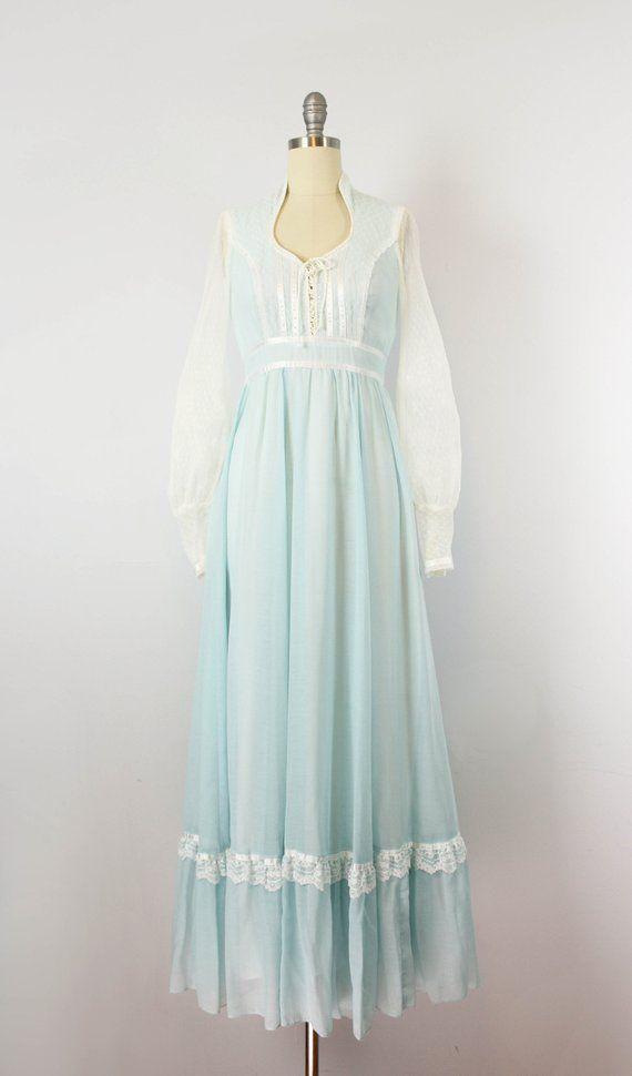 vintage 70s GUNNE SAX dress  1970s blue white cotton renaissance dress  lace up bodice dress  romantic wedding dress