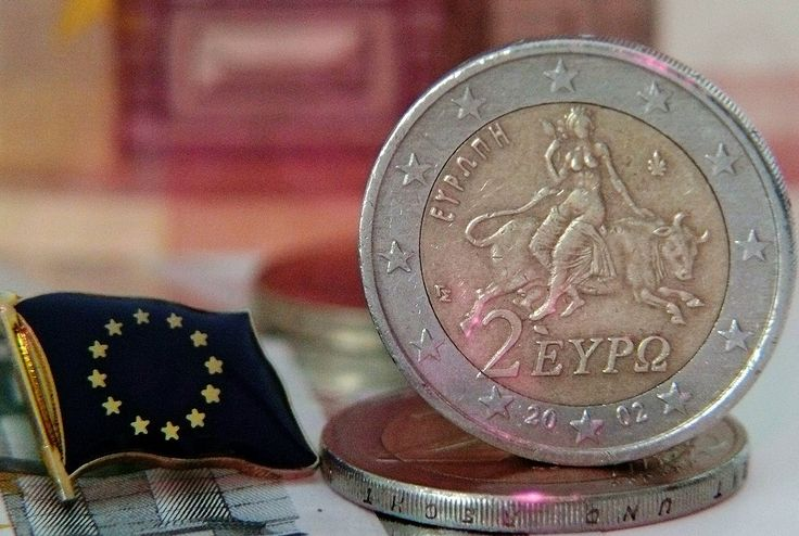 Commission: EU on Path to Recovery 10 Years After Crisis, Greece Still Getting Aid.