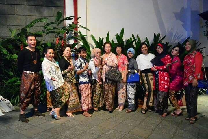 #batiklover  #pamekasan  #batiktulis  #berkain  #KIBAS  #proudwearinglocal