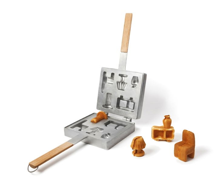 Ryosuke Fukusada & Rui Pereira furniture waffle pan