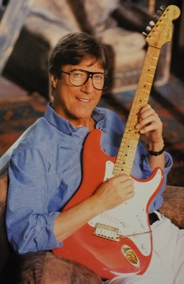 Hank Marvin of The Shadows.
