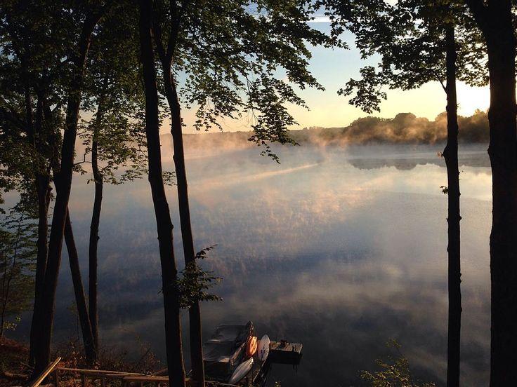 Morning mist over Diamond Lake, Newaygo County, MI. Photo via: www.stays.io/property/beautiful-newly-renovated-lakefront-lodge-with-awesome-views-of-diamond-lake/HA-4086346 #michigan