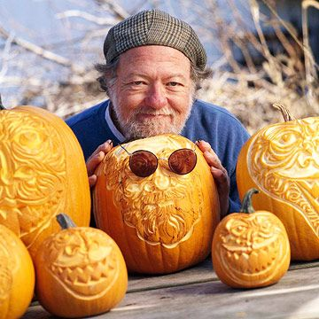 11 Tips for Carving Expressive Pumpkins: Pumpkinmelon Carvings, Pumpkin Halloween, Expressions Pumpkin, Costumes Halloweencostum, Halloweendecor Costumes, Halloween Pumpkin Carvings, Carvings Pumpkin, Carvings Expressions, Carvings Art