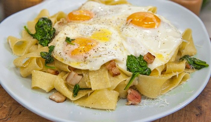 Breakfast Carbonara - Good Chef Bad Chef
