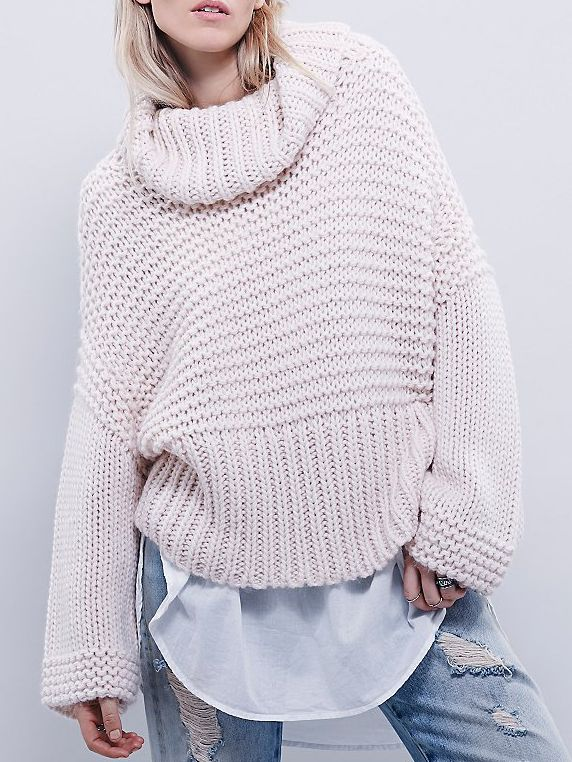 Turtleneck Oversized Pink Sweater 19.67 http://www.romwe.com/Turtleneck-Oversized-Pink-Sweater-p-130175-cat-735.html