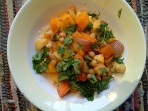 Ultieme wintercouscous met geroosterde pompoen, pastinaak en wortel (uit Plenty van Yotam Ottolenghi)