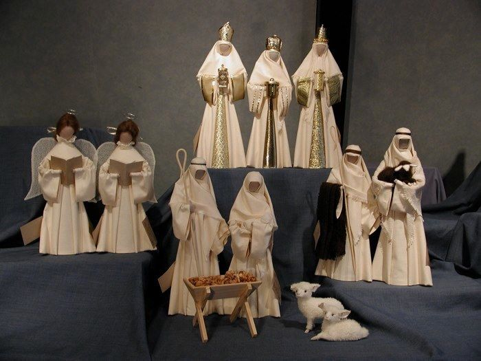 Complete Nativity Sets: New Zealand Nativities
