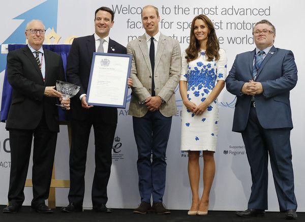 Kate Middleton Photos Photos: The Duke and Duchess of Cambridge Visit Luton
