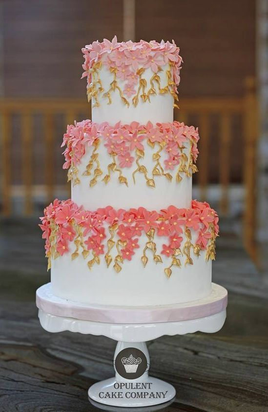 Wedding cake idea via Opulent Cake Company - Deer Pearl Flowers / http://www.deerpearlflowers.com/wedding-cakes-desserts/wedding-cake-idea-via-opulent-cake-company/