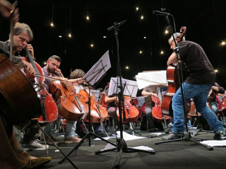 Nel pieno delle note #concerto #Triennale  #Milano #100cellos #violoncello #expo2015 #RaiExpo