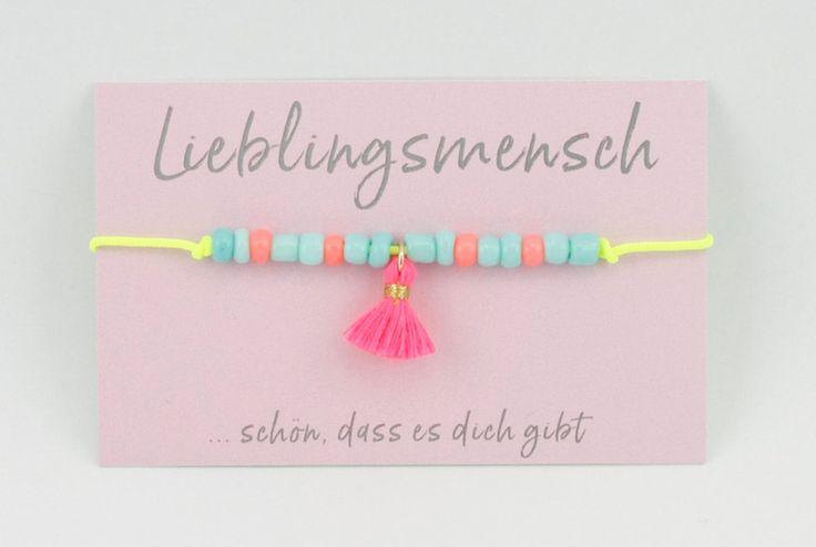 Armbänder - Armband neon *Lieblingsmensch* pinke Quaste - ein Designerstück von Carjou bei DaWanda