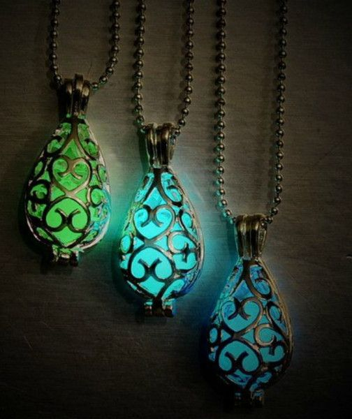 The Break the Spell Glow in the dark locket is absolutely beautiful. By day it looks like a normal locket and by night its simply gorgeous! Available in Blue or Green Note: Necklaces ship via USPS parcel so allow extra time for shipping.