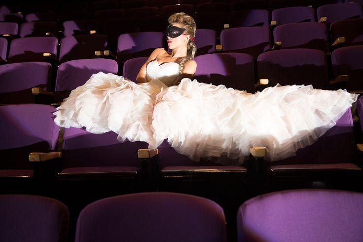 Editorial de Boda, La Petite Princesse. Inspiración para tu boda mascarada -- Bridal Editorial -- Fotografía: Erre Films & Photography -- Vestido de Novia: Mori Lee Bridal