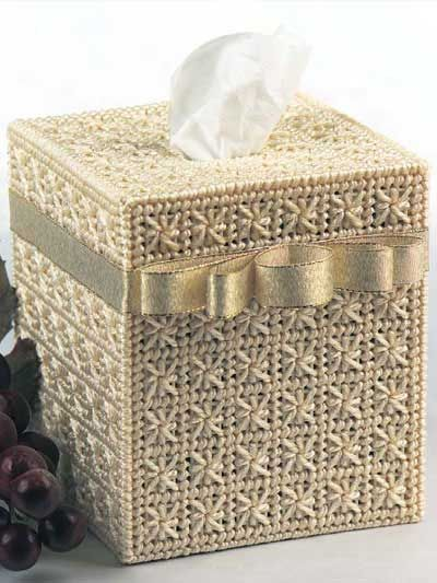 Smyrna Cross Tissue Box - plastic canvas