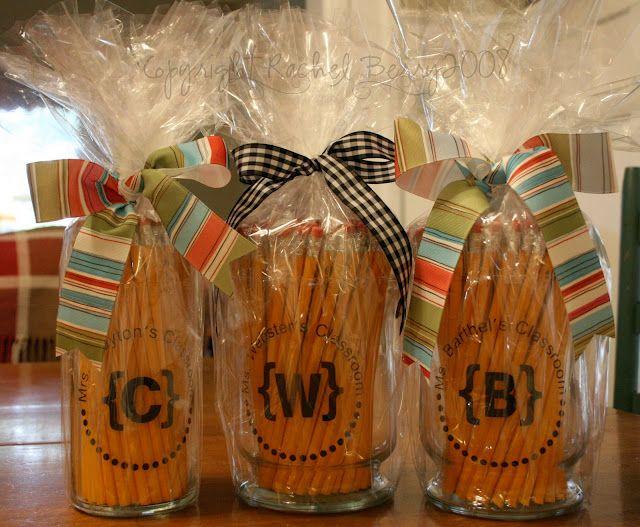 Teacher gift ideaTeacher Gifts, Back To Schools, Teachers Gift, Teachers Appreciation Gift, Gift Ideas, Diy Gift, Teachergifts, Handmade Gift, 1St Day