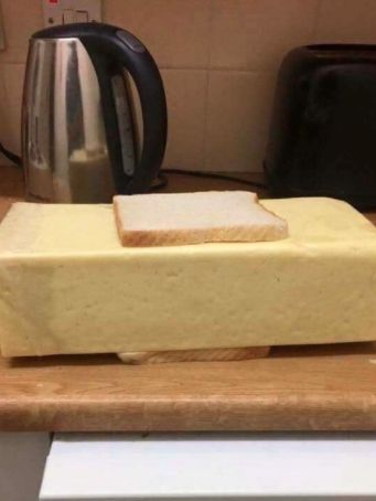 Hell, I might be hungry enough for two sandwiches! | 48 Pictures That Will Leave You As Clueless As You Have Ever Been In Your Life