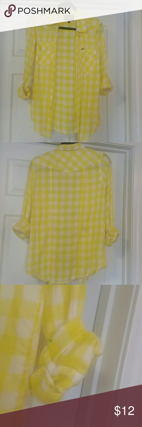HURLEY FLANNEL style Hurley lightweight flannel style bottom down. Lightly worn AMD loved! Perfect for Spring /Summer top...yellow is brighter in person. Small blue dot on rolled up sleeve, and one on upper back. Priced to sell   Thanks for looking, liking and sharing. :) Hurley Tops Button Down Shirts