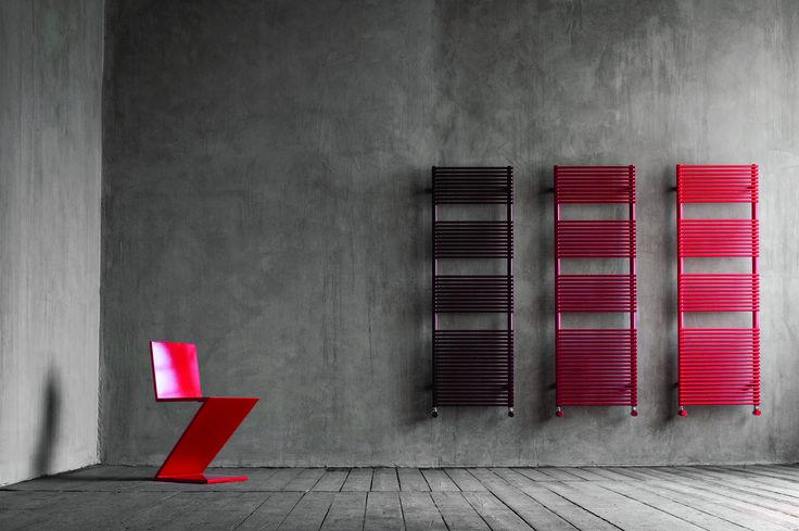 TUBES - BASICS - Váš radiátor od Tubesu může být téměř v jakékoli barvě. Slaďte svůj radiátor s výmalbou či koupelnovým nábytkem.