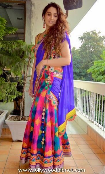 Latest Indian Sari Designs 2015   Lifestyle Crush