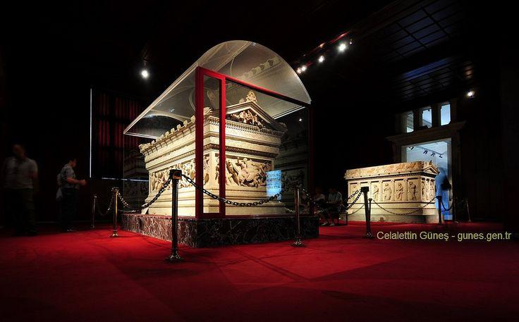 "https://flic.kr/p/8eSxhS | Tomb of Alexander the Great - Büyük İskenderin Lahti /Arkeoloji Müzesi | <a href=""http://www.istanbularkeoloji.gov.tr/"" rel=""nofollow"">www.istanbularkeoloji.gov.tr/</a>"