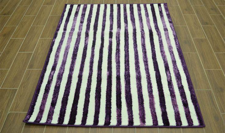 Tappeto con linee verticali color lavanda