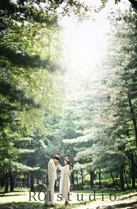 Hello Muse Wedding, Roi studio, Roi studio package, indoor and outdoor pre wedding photo shoot package, korean style pre wedding photo shoot, Axioo photography in Korea, Jun 6 wedding, Hello Muse Wedding review